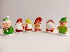 Zselés karácsonyi manók - élénk zöld sapkás