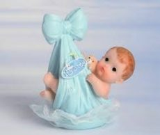 Keresztelői baba - Kisfiú kendőben