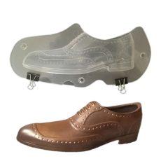 Műanyag csokoládé cipőkészítő - férfi