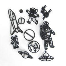 Űrhajós sziluett kiszúró 11 db